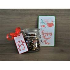 Glazen weckpotje met thee en een kaartje naar eigen keuze
